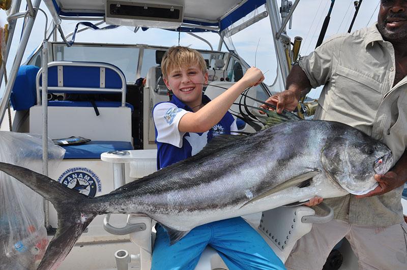 Kids Club Tuna fishing in Panama