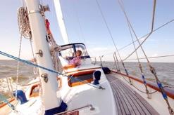 Day sailing and sunset cruises in Isla Bocca Brava.