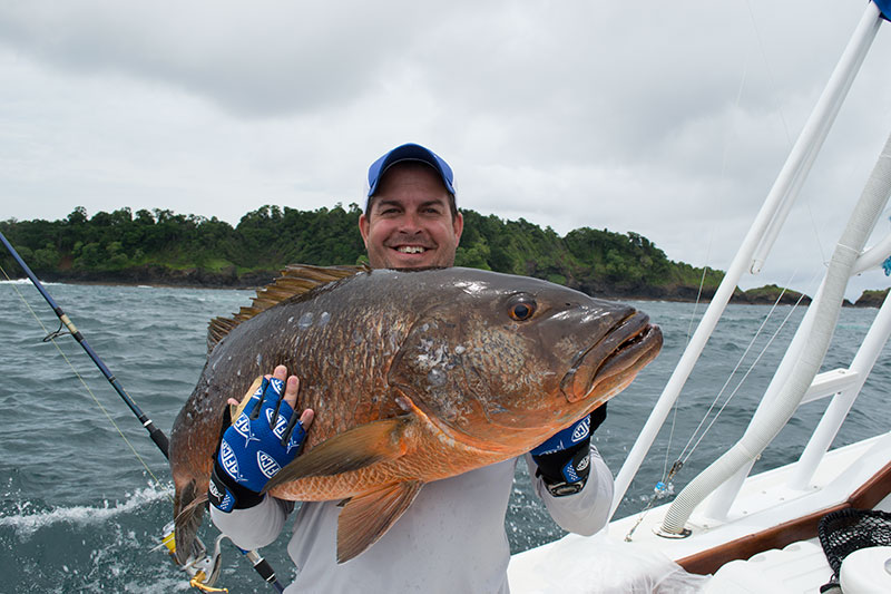 Panama Snapper Fishing.